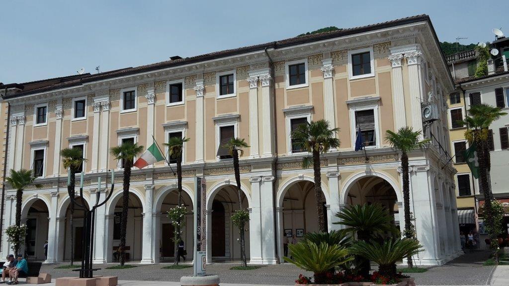 Salo - palazzo magnifica patria