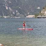 Sup, un nuovo sport sul Lago di Garda