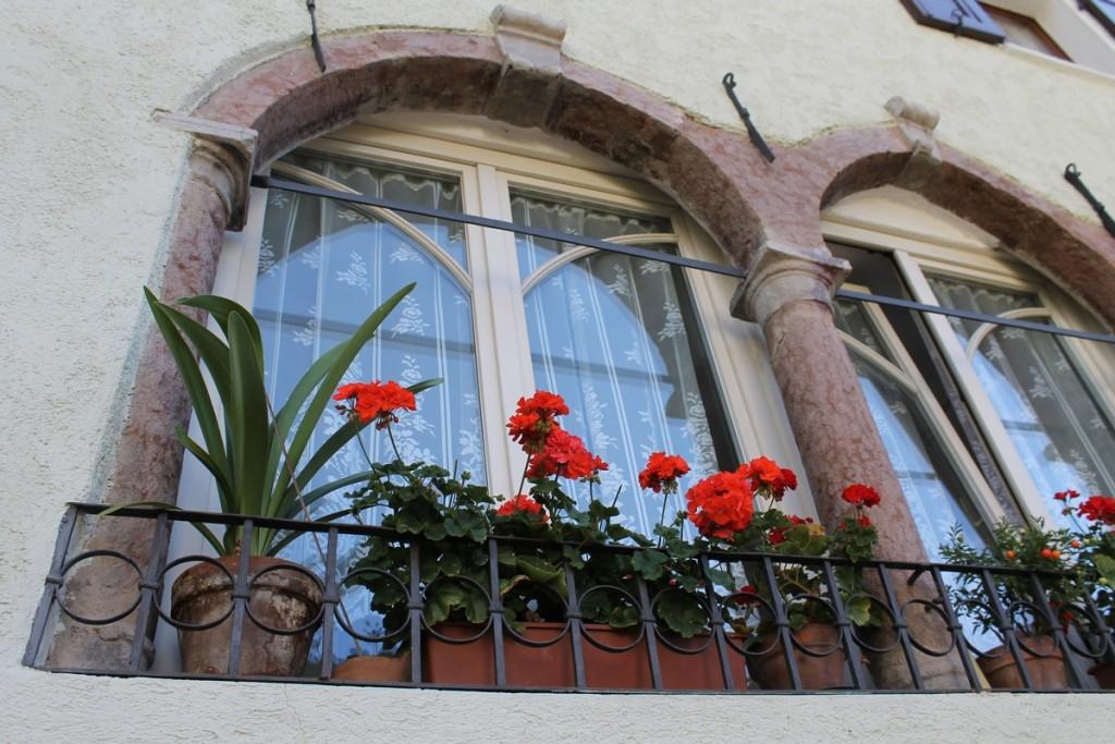 San Lorenzo finestra