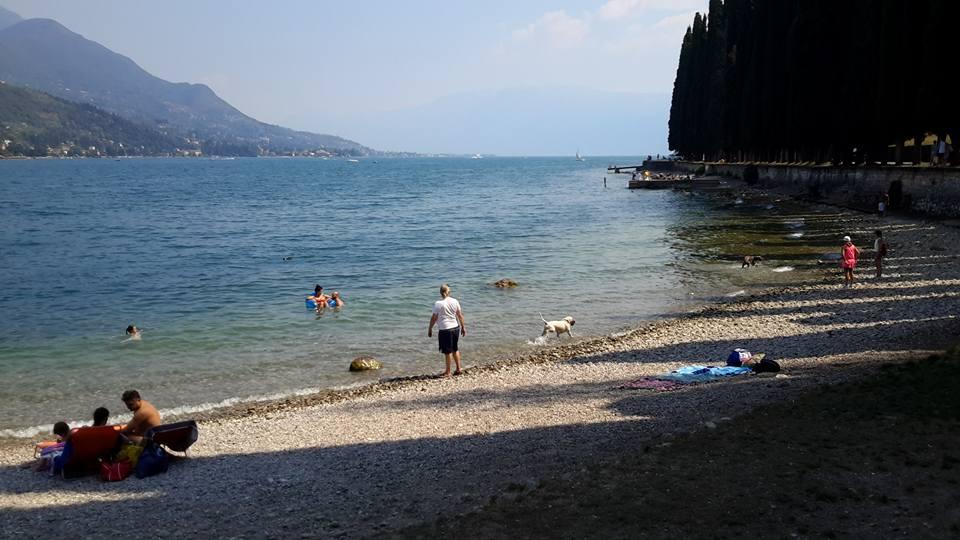 bau beach toscolano