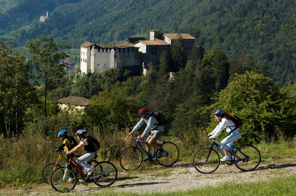 biker e castel stenico - r. kiaulehn