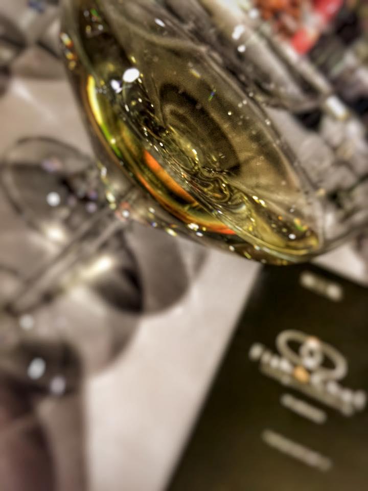 bicchiere vino custoza