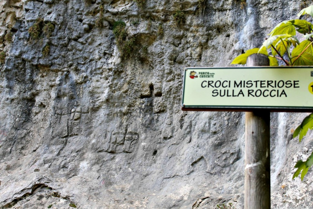 incisioni rupestri verona