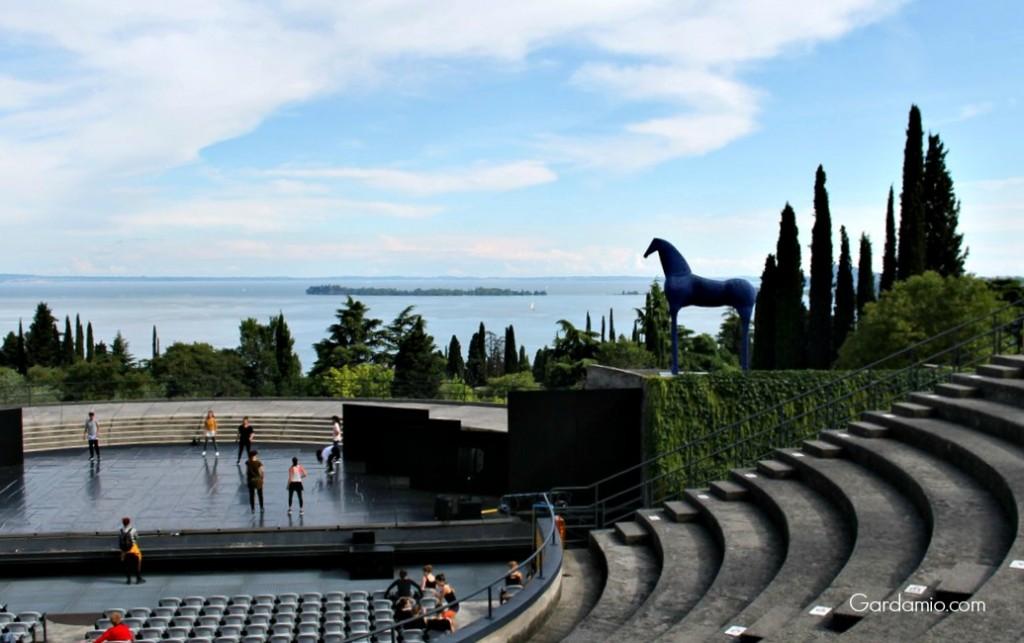 anfiteatro del vittoriale italiani