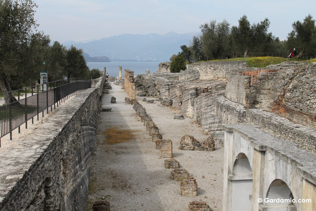 grotte di catullo scavi archeologici