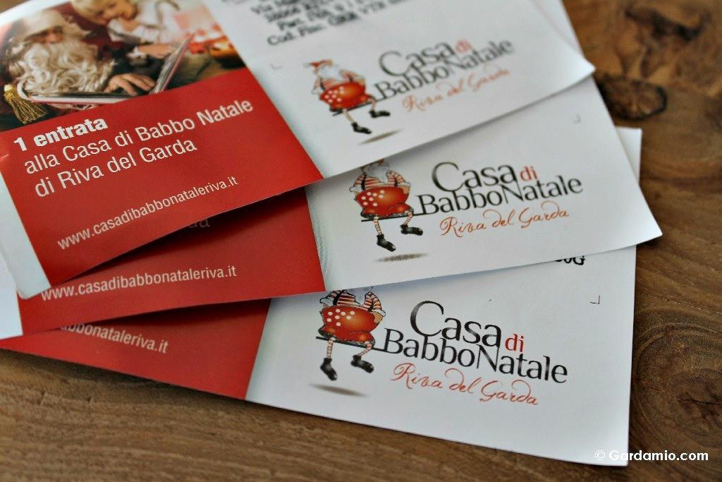 casa-babbo-natale-biglietti