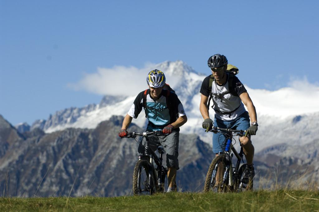 Biker_comano